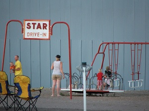 Star-Drive-In-Playground