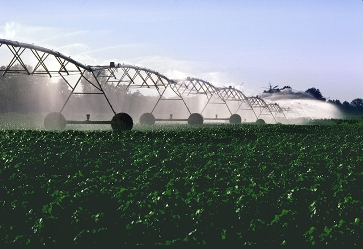 Center-irrigation-pivot