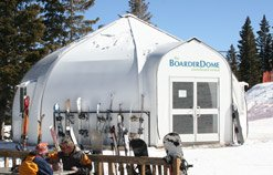 snowboard-rental-dome